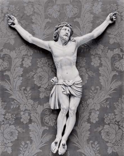Christ Crucified-2